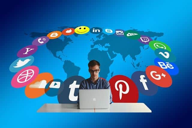 העלמת ביקורת שלילית בפייסבוק